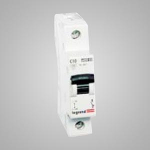 605010 Disjunctor monopolar 63A 4.5KA, Curba C - 3245066050102