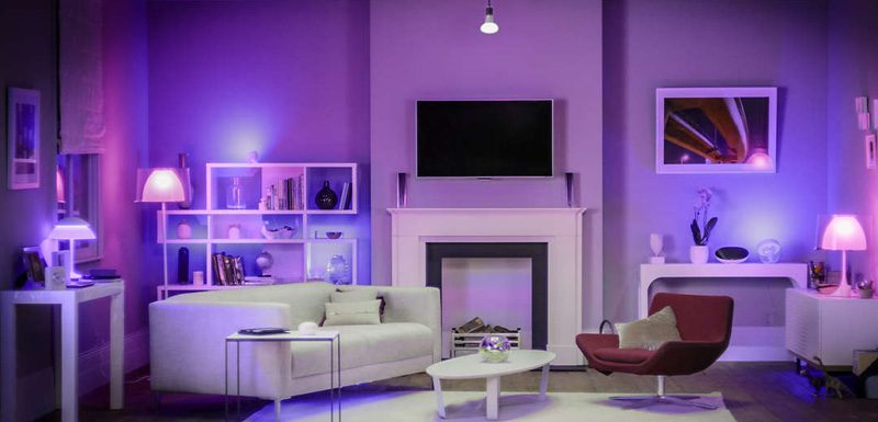 Interior luminat cu Philips Hue